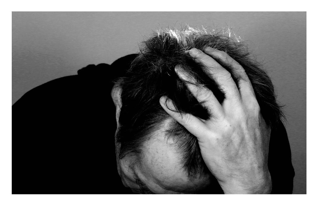 うつ病の診断書が発行される条件は?休職の手続きが済んだ後の給料は?