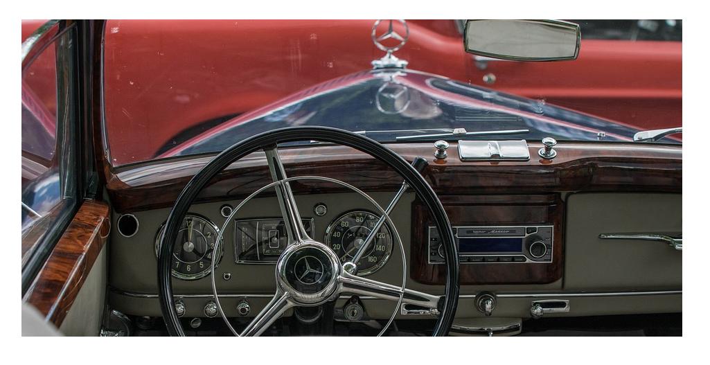 車買取査定の相場と価格の決まり方-少しでも高く売るために注意点-